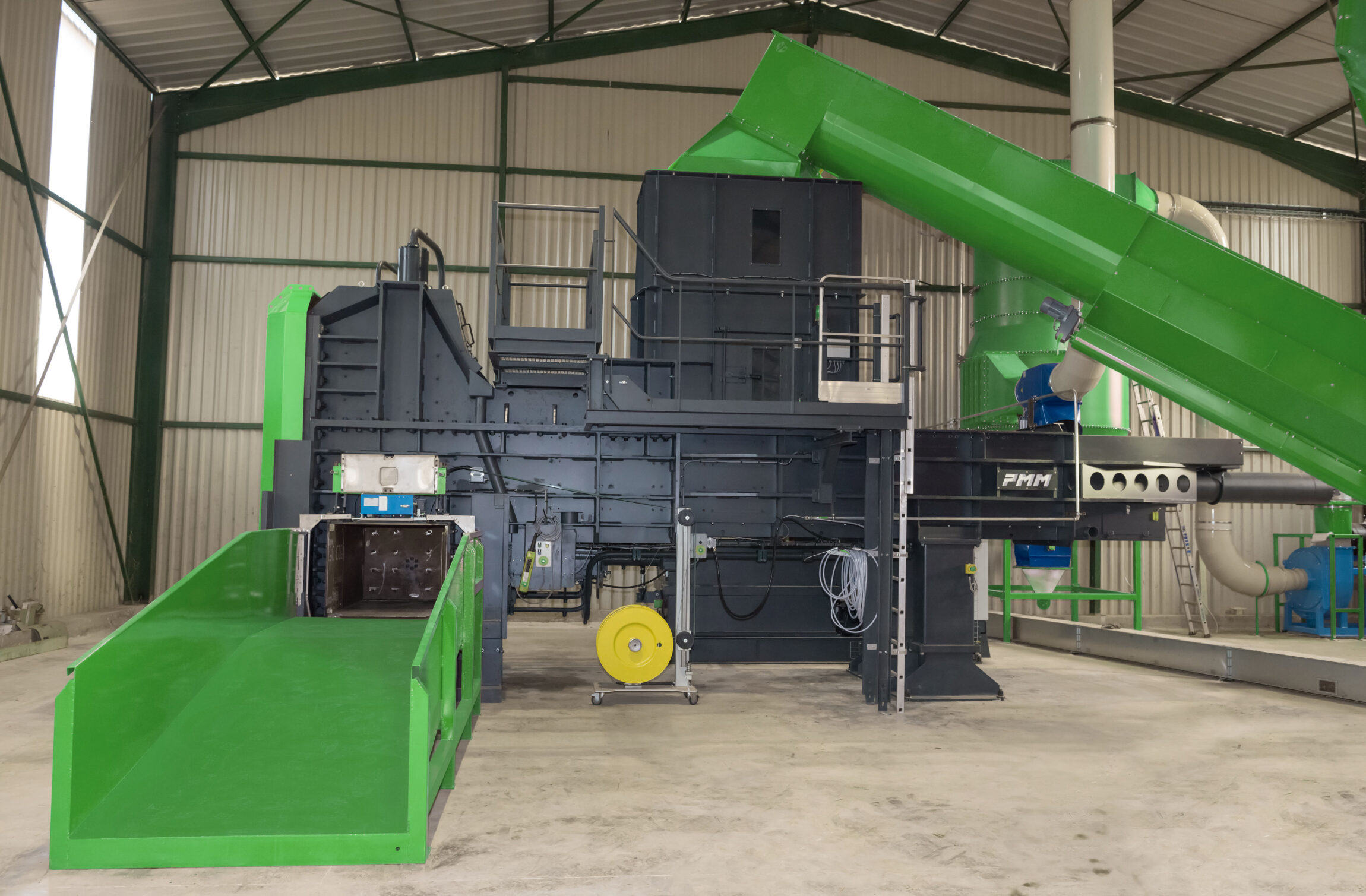 Multimaterial baler